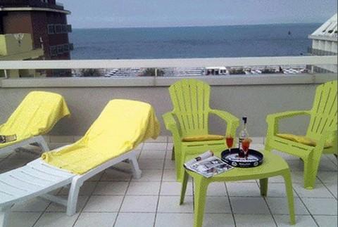 http://www.hotelriccione.eu/aziende/103/872-480.jpg